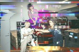 "[Alexandros]、""ALEATORIC TOMATO Tour 2021""Zepp Osaka Bayside公演のライヴ全編&アフター・パーティー有料生配信決定。ライヴ本編の一部をYouTube無料生配信"