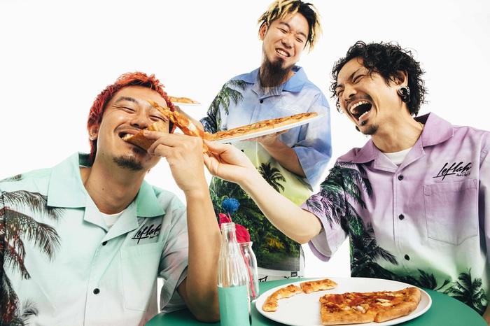 """WANIMA、8/18リリースのニュー・シングル『Chopped Grill Chicken』初回盤DVD収録""""Cheddar Flavor Tour 2021""""Zepp Tokyo公演ダイジェスト映像公開"""