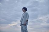 """渡井翔汰(Halo at 四畳半)、ソロ・プロジェクト""""Varrentia""""始動。3ヶ月連続配信リリース決定、第1弾楽曲「NEW DAWN」MV公開。アコースティック・ツアー追加公演も"""